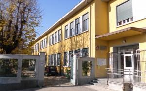 Esterno scuola 1